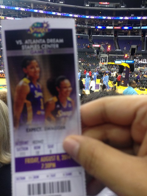 PIC: @LA_Sparks vs Atlanta Dream tonight. Pic is blurry bc I'm being a Lisa Leslie stalker. #lasparks