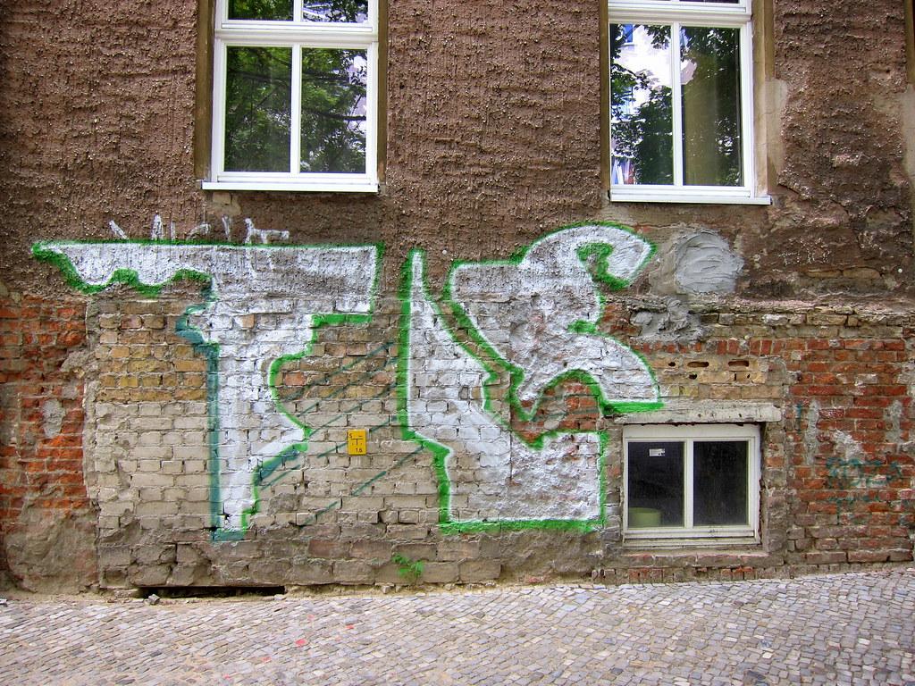 graffiti | berlin . strelitzer strasse