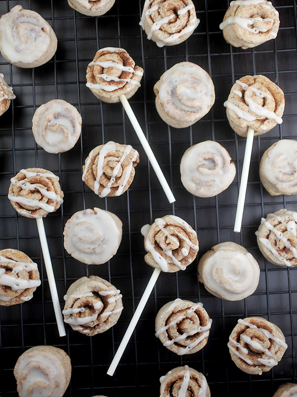 Cinna-mini Cookie Pops