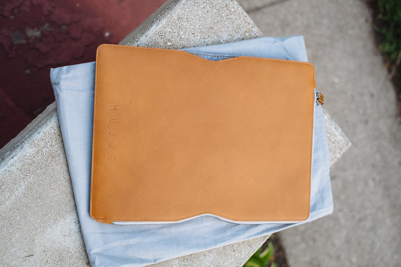 sale retailer 24b1d 3ce49 Mujjo MacBook Folio Sleeve Review — Jonathan Suh
