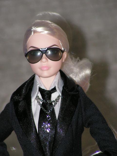 2014 Karl Lagerfeld Barbie BCP92 (11)