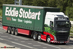 Volvo FH 6x2 Tractor with 3 Axle Curtainside Trailer - KS63 VLP - H4080 - Catherine Josephine - Eddie Stobart - M1 J10 Luton - Steven Gray - IMG_5695