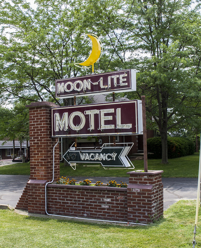 Select Inn Motel