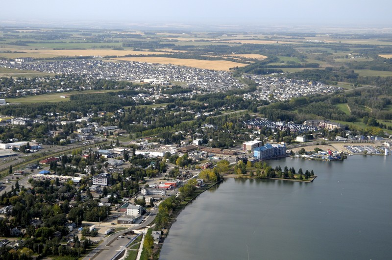The town of Sylvan Lake