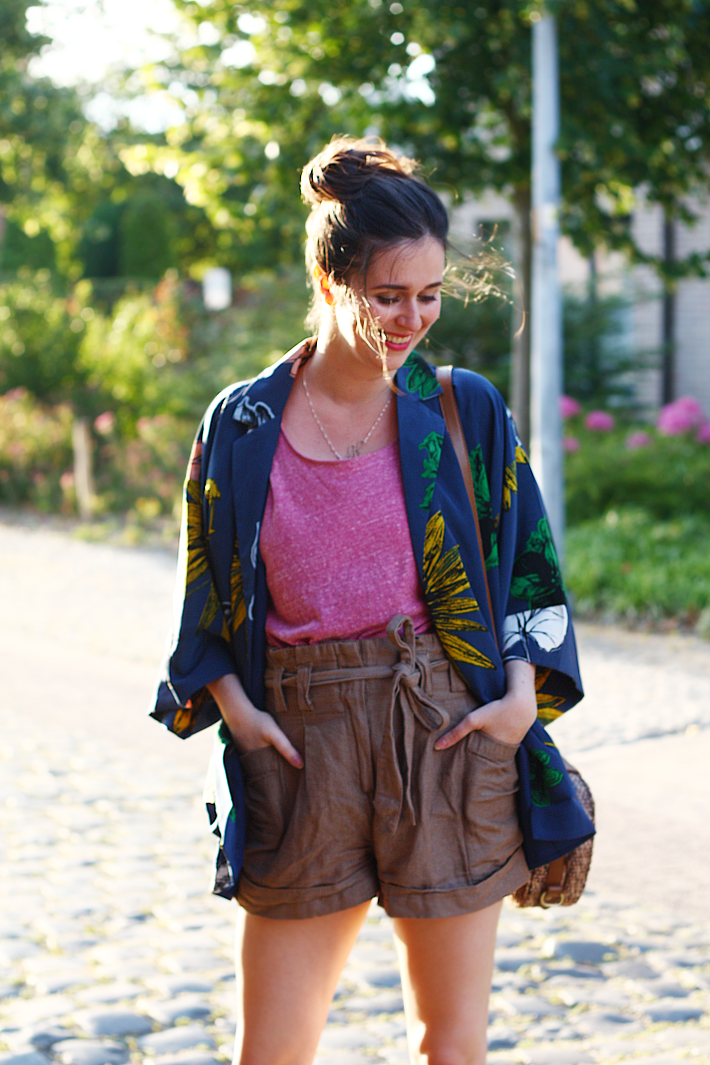 kimono paper bag waist shorts outfit style