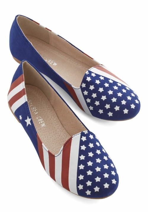 Modcloth United We Step Flat