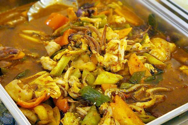 Genji M Ojingeo Bokkeum (Spicy Stir-Fried Squid)