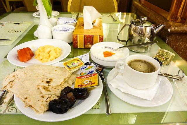 Breakfast in Stareh Hotel, Isfahan, Iran イスファハン、セターレ・ホテルの朝食