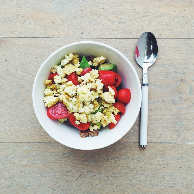 Breakfast fruit salads. Tomatoes week: tomatoes, avocado, scrambled egg, toasted rye bread croutons, extra Virgin olive oil. #instafood #instasalad #feelgood #healthy #healthyfood #saladpride #saladlove #saladjam #salad #vegetarian #vegan #desk #veg #vega