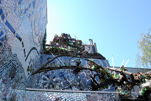 Magic Gardens - top of wall-001