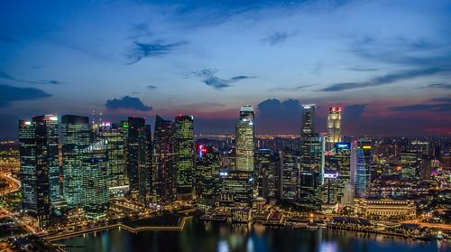 city sunset sky urban building clouds sunrise landscape nikon singapore nightshot cloudy dusk ngc singapour nuage nuages crépuscule bâtiment ville singapura d7000 nikond7000