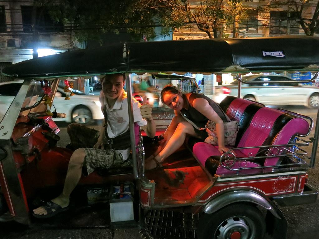 Bangkok ja Yangon 2 030
