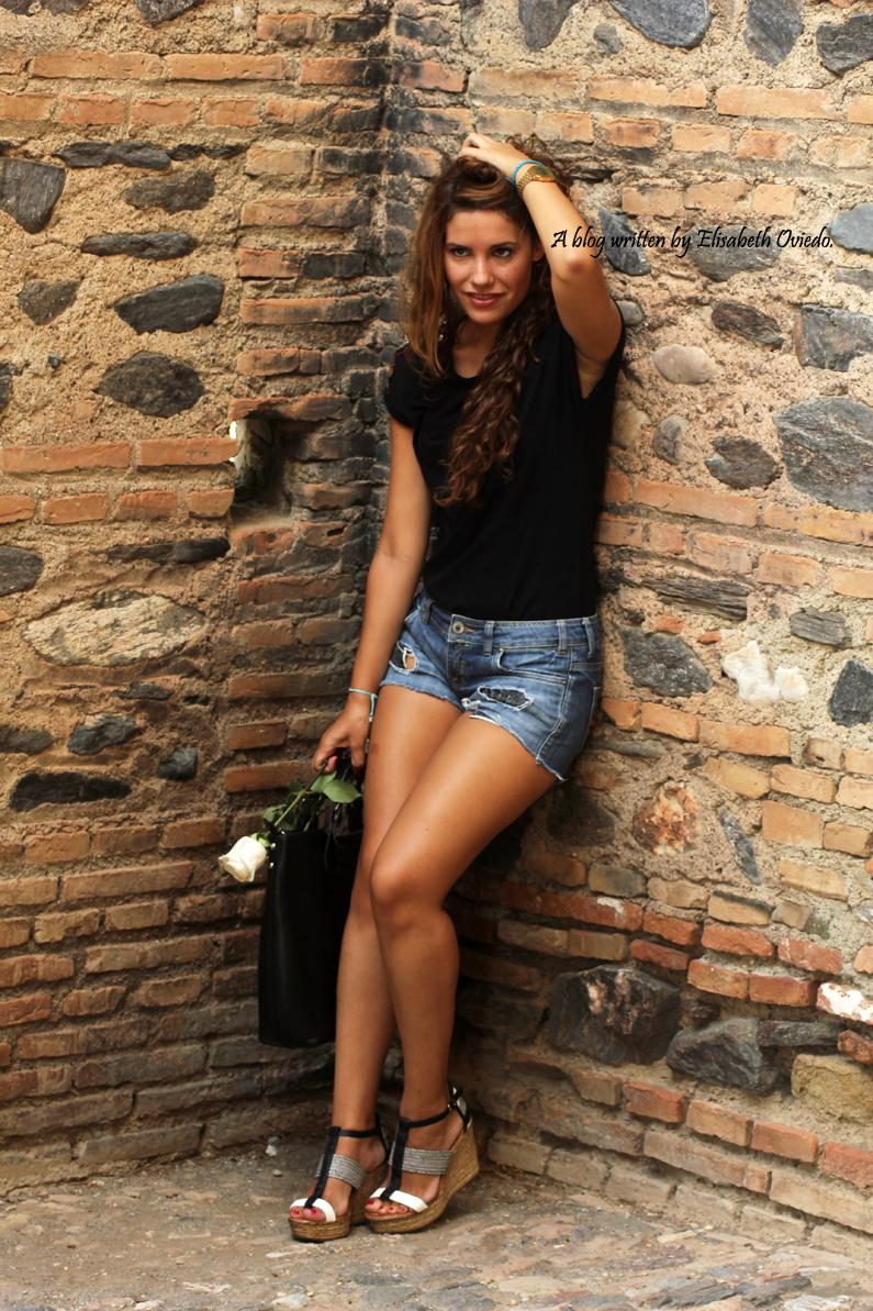 cuñas blancas y negras Marila HEELSANDROSES shorts denim (2)