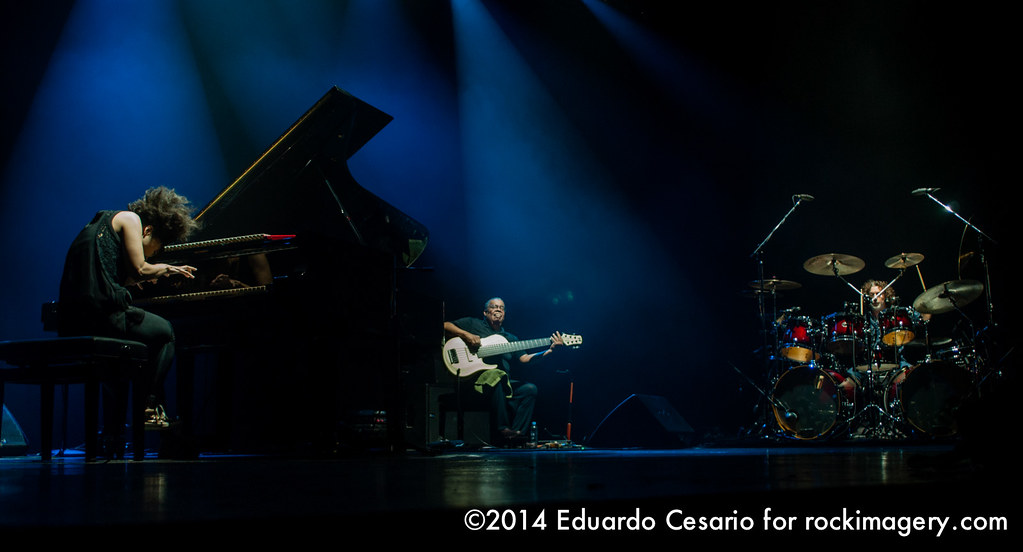 Hiromi: The Trio Project