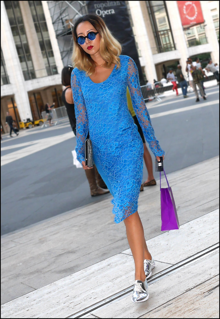 fW9-14  7w blue lace over blue long sleeve dress grey clutch round sunglasses ol