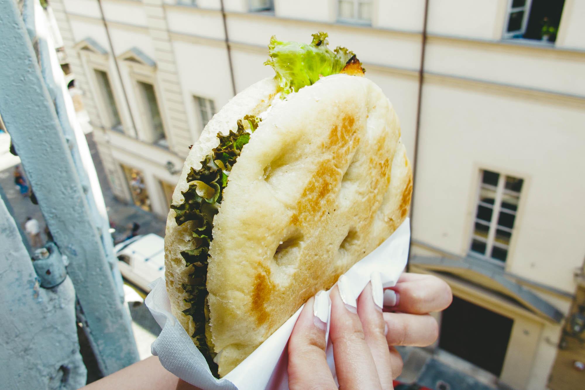Universo Vegano Vegan Focaccia Sandwich