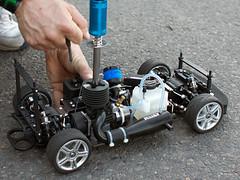 ferngesteuertes Auto (betrieben mit Nitro)