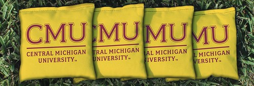 CENTRAL MICHIGAN YELLOW CORNHOLE BAGS