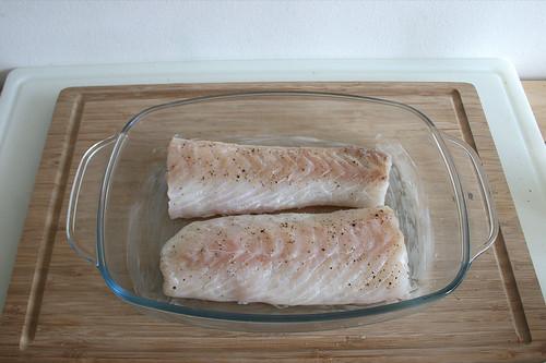 33 - Fischfilets hinein geben / Add fish filets