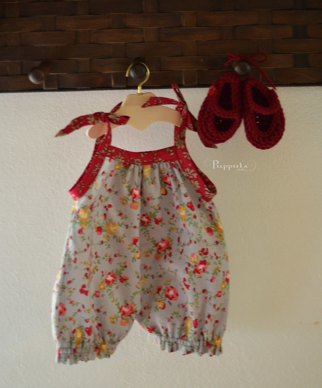Floral outfit for a 17/18inch doll