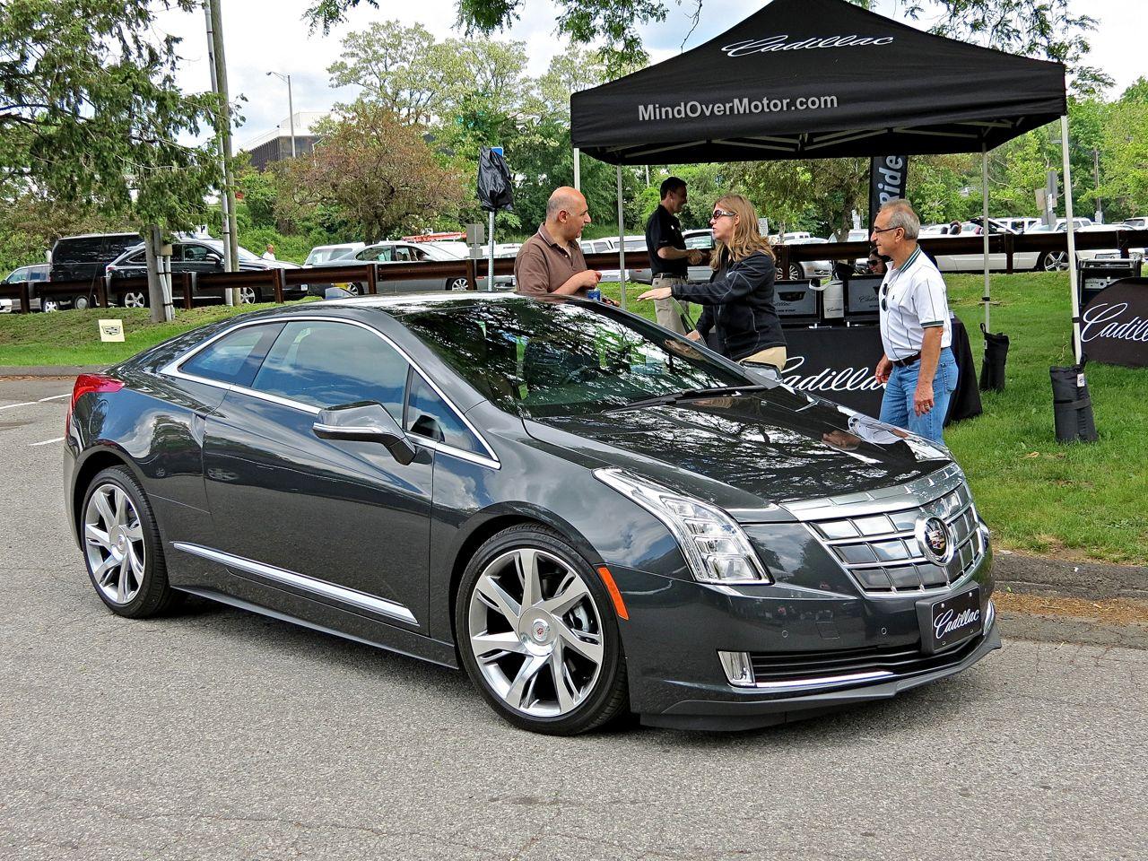 Cadillac ELR Hybrid