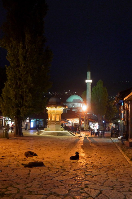 Baščaršija Square, Night