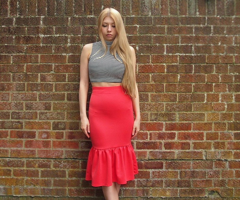 Sam Muses, UK Fashion Blog, London Style Blogger, Boohoo, Peplum Hem, Pep Hem, Midi, Pencil Skirt, Lipstick, Red, Pink, Orange, High-Waisted, Below Knee, Fishtail, Stripes, Monochrome, Crop Top, How to Wear, Styling Ideas, Outfit Inspiration, SS14