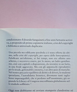 Come finisce il libro, di Alessandro Gazoia (Jumpinschark). minimum fax 2014. Progetto grafico di Riccardo Falcinelli. Citazioni di brani di testo, rientrate come al capoverso a six, idem a dx: a pag. 17 (part.), 2