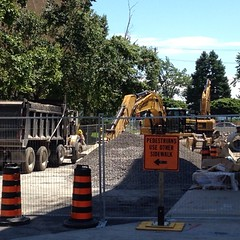 George St @ King St will be closed for a while #ygk #traffic #kgh #noparking