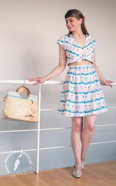 marchewkowa, blog, moda, fashion, retro, vintage, 40s, playsuit, letni komplet, nadruk, bawełna, CottonBee, woal, plażowicze, plaża, szycie, krawiectwo, maszyna z Lidla