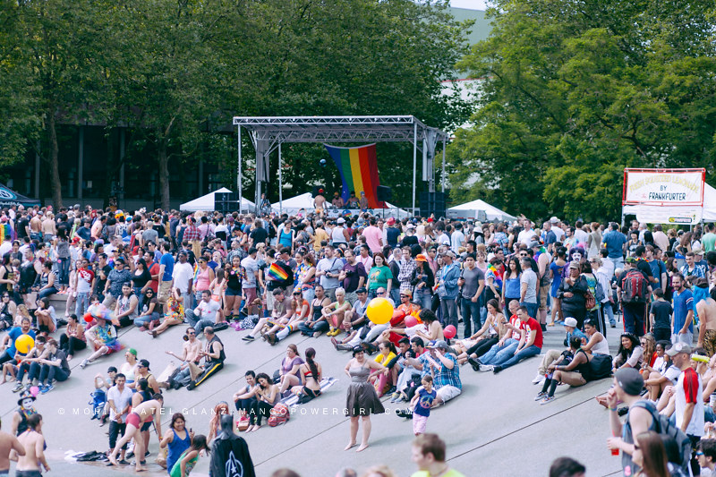 crowd at international fountain for seattle pridefest