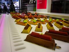 Pâtisseries on display - Photo of Tremblay-en-France