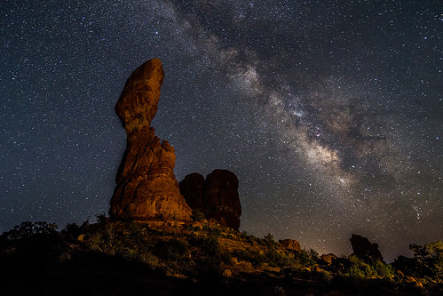 Balanced Rock Under the stars, Arches national Park