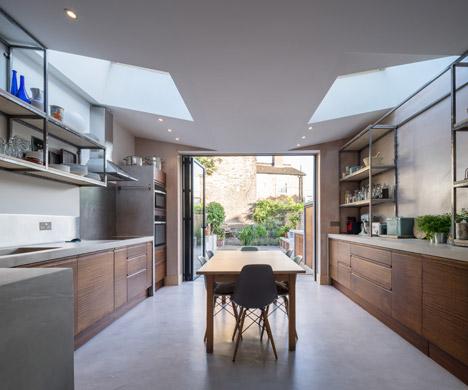 Concrete-House-by-Studio-Gil_dezeen_468_12