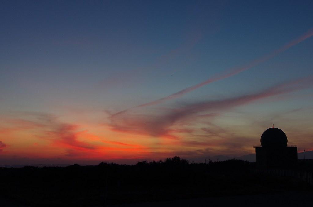 將近日出的夏夜