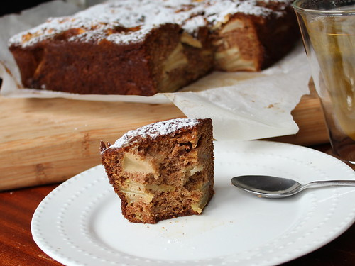 Spiced Apple & Walnut Cake