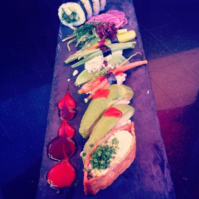 Riktigt fin sushi! Tofun var full av edamamekräm! #vadveganeräter