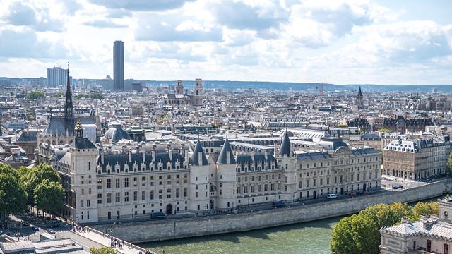 La Conciergerie vue de la Tour Saint-Jacques