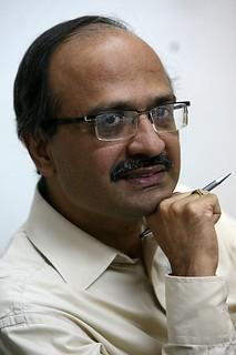 Author Dinesh Sharma