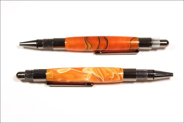 Two Stratus Click Pens