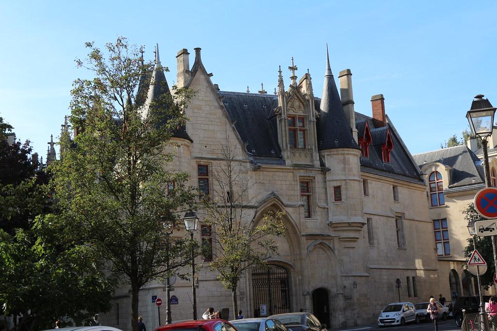L'hôtel de Sens-2
