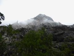 Après le contournement de la Grande Cascade, Punta Pulischellu et arête de l'Ecureuil