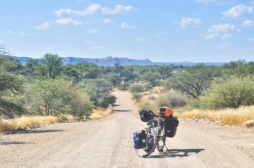 D2752 to Vingerklip, Namibia