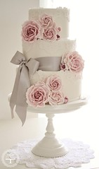 Rose cluster wedding cake