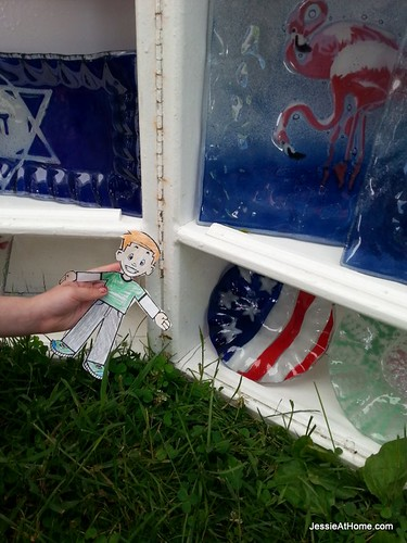 Flat-Stanley-celebrates-flag-day