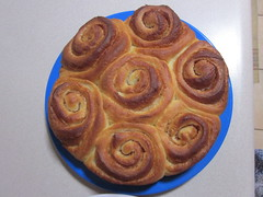 Daring Bakers June: Cinnamon Rolls