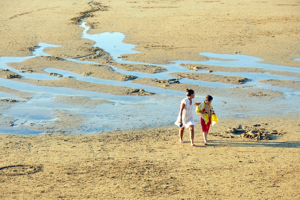 una tarde de verano en la playa de san Lorenzo