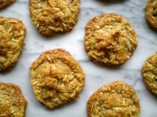 coconut brown butter cookies