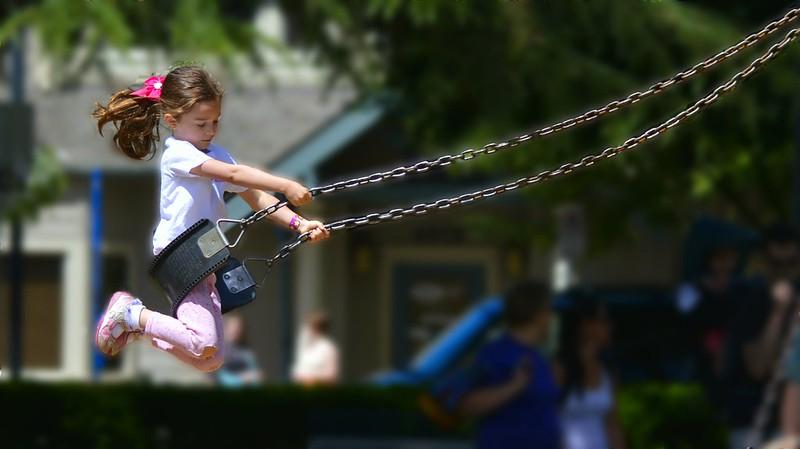 Big Swing Girl