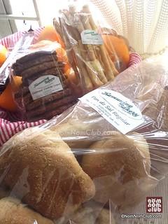 Pan de Suelo, Oatmeal Cookies, & Foccasia Sticks